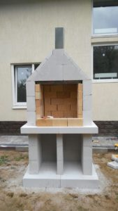 Как выложить своими руками на даче мангал из блоков: выбор материала