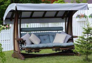 Красивые качели в дизайне сада: необычные, оригинальные варианты