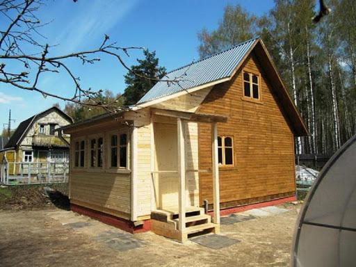 Пристройка к дому туалета и душа на садовом участке: порядок работы