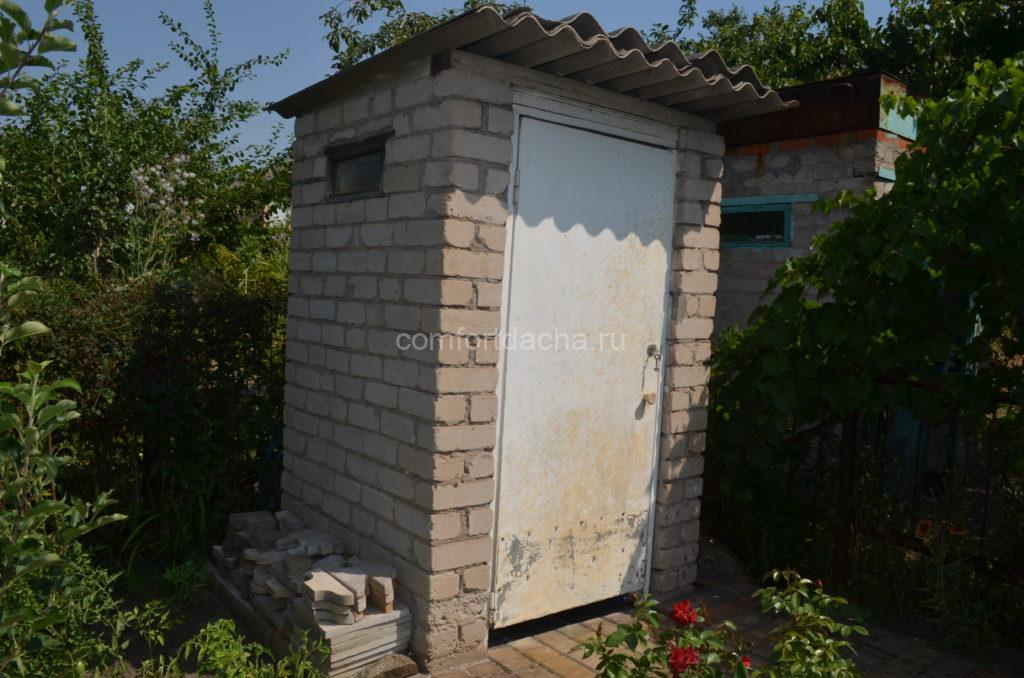 Как очистить уличный туалет в частном доме без откачки самостоятельно