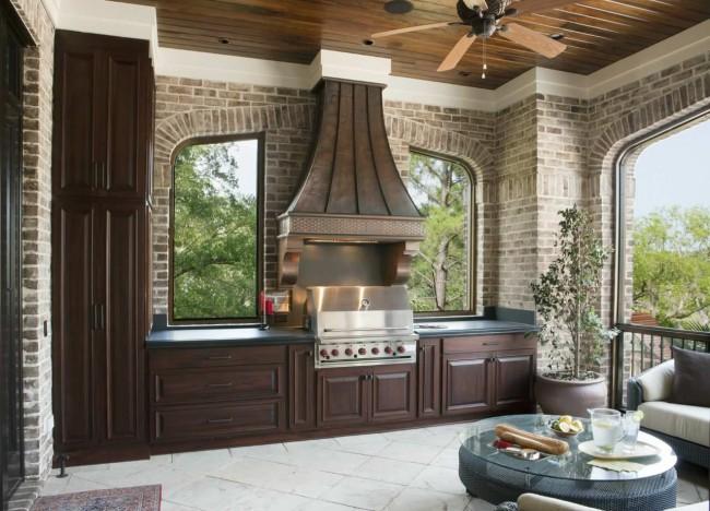 Кухня с выходом на террасу в частном доме: дизайн и оформление