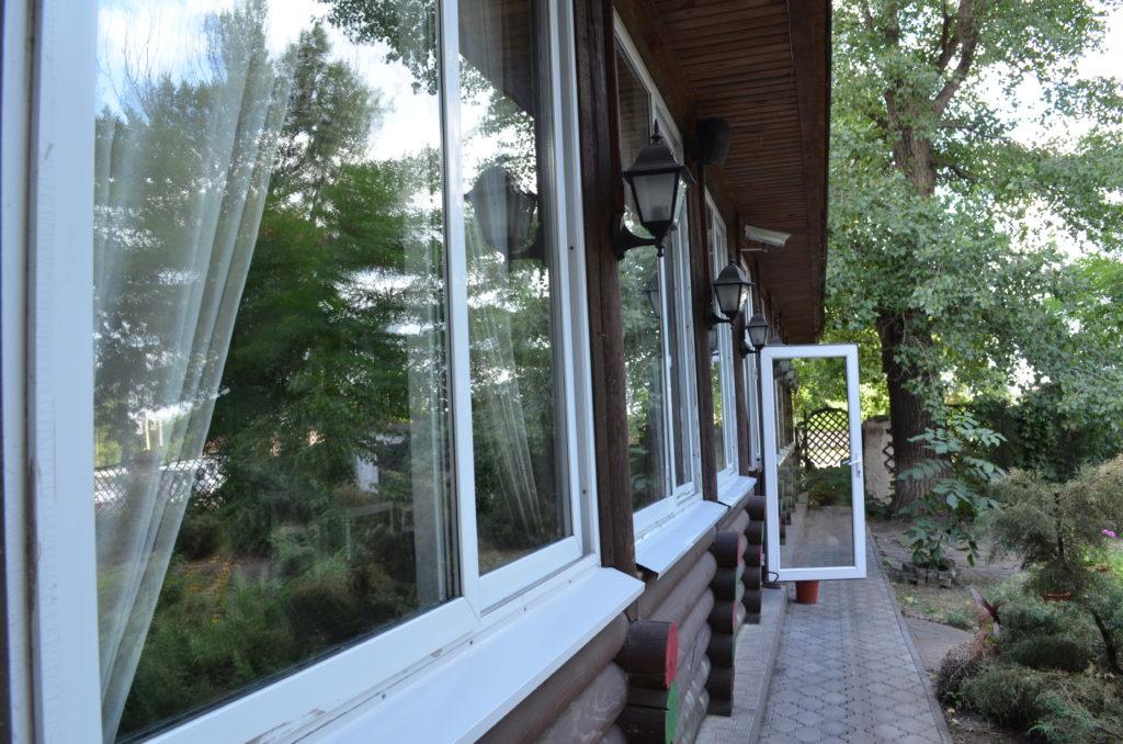 myfoto-zasteklennaya-veranda-k-domu