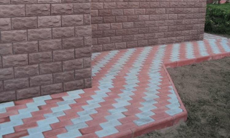 Отмостка вокруг дома из тротуарной плитки своими руками
