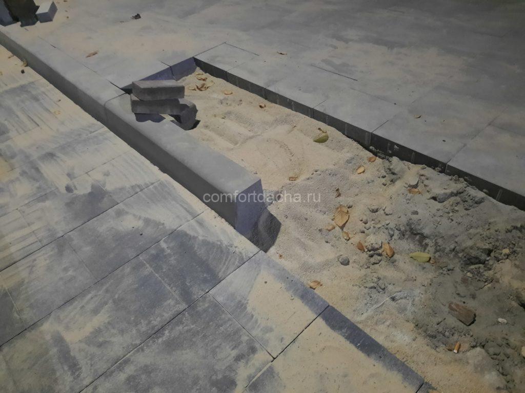 Как выбрать тротуарную плитку для двора частного дома, дорожек: рекомендации