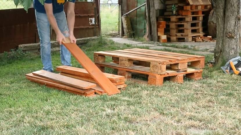 Как сделать дорожки из поддонов на даче своими руками