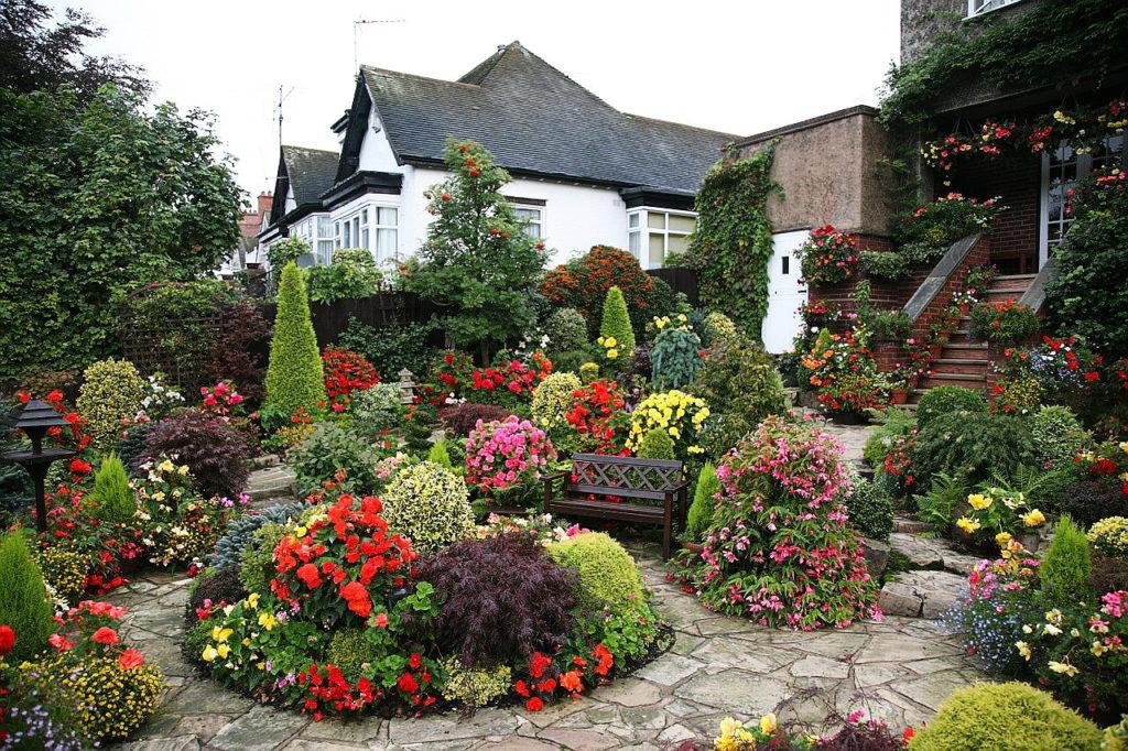 Ландшафтный дизайн перед домом на даче своими руками — руководство