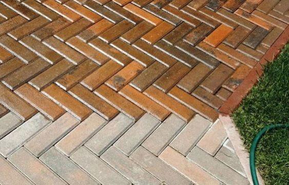 Лак для тротуарной плитки — от разрушения и насыщения света