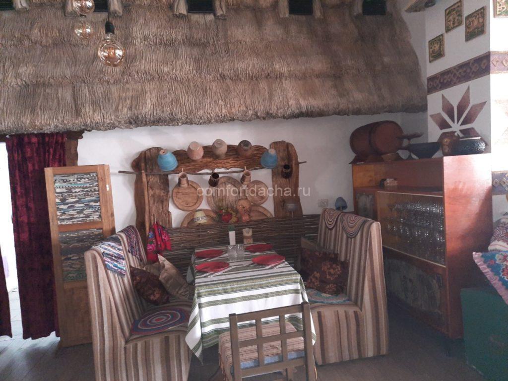 Как обустроить интерьер деревянного дома