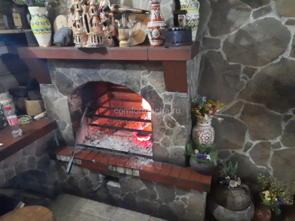 Камин в каркасном доме — на винтовых сваях или без фундамента