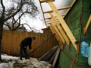 Как сделать навес для дров на даче своими руками
