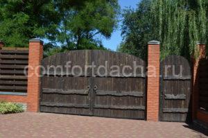 Как сделать забор из кирпича для частного дома