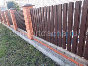 Забор на дачу эконом вариант своими руками из подручных материалов